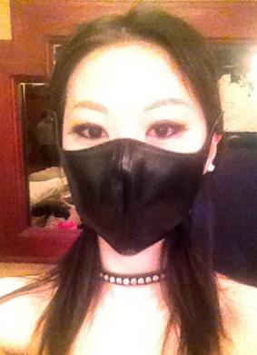 謎黒マスク