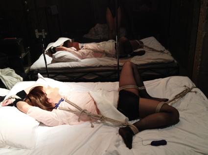 鏡と女装娘